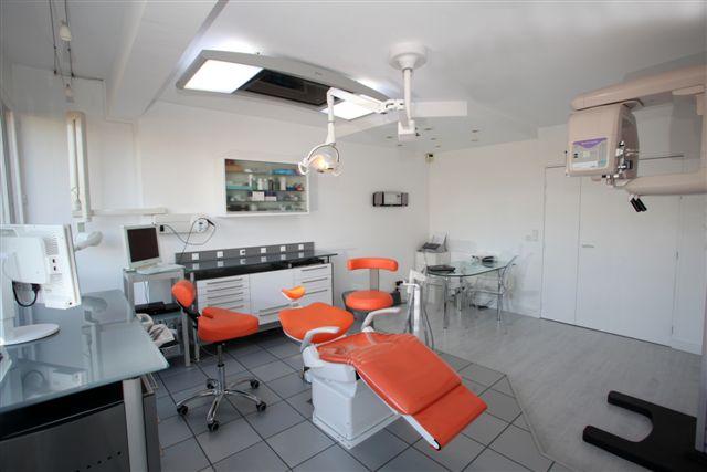 dentiste paris d couvrez notre quipe dr zisserman. Black Bedroom Furniture Sets. Home Design Ideas